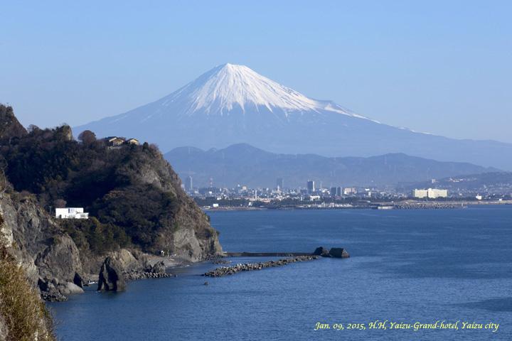 焼津市から見る富士